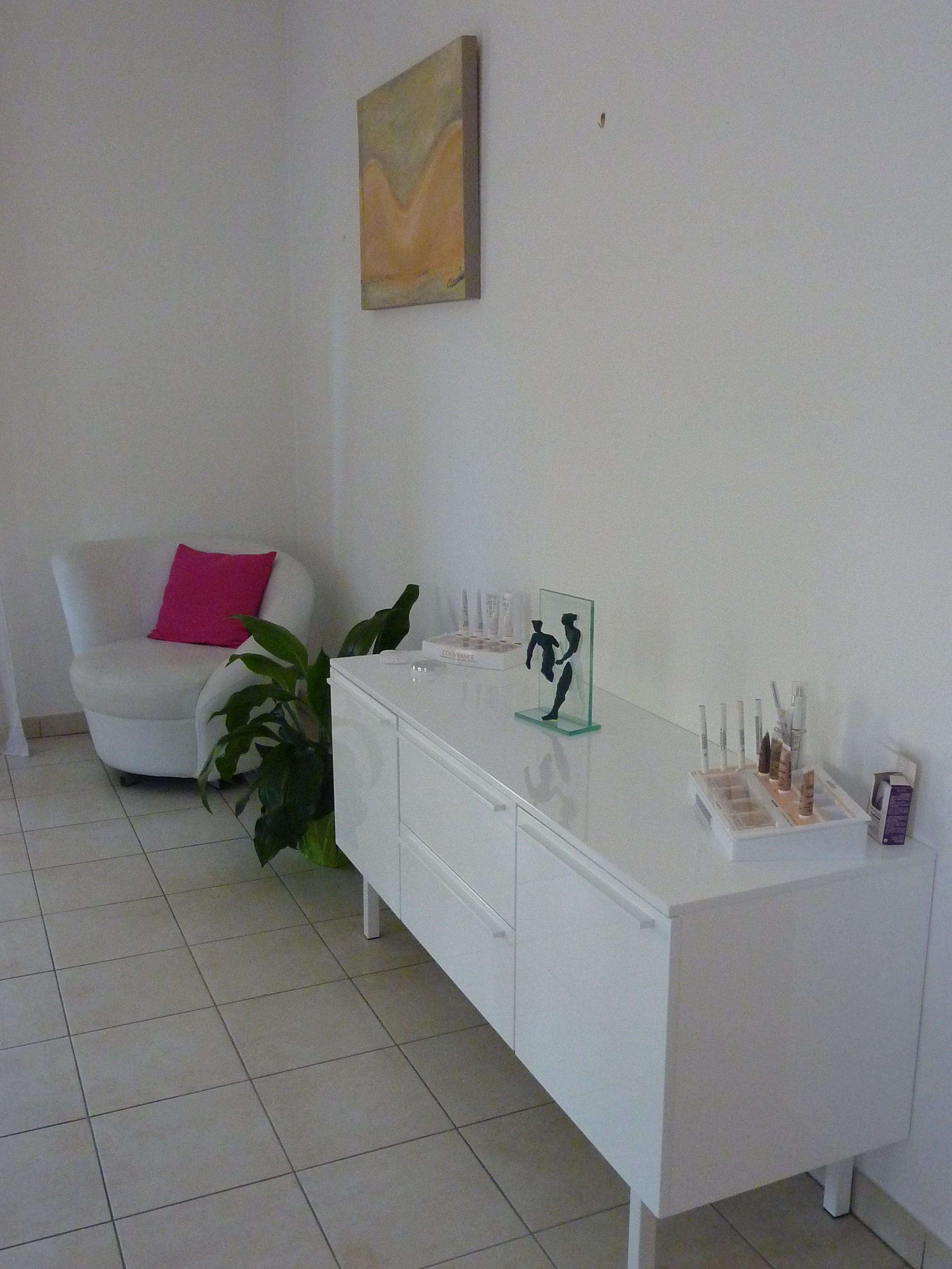 cabinet de consultations et de soins docteur sandra ugolini m decine esth tique grasse. Black Bedroom Furniture Sets. Home Design Ideas