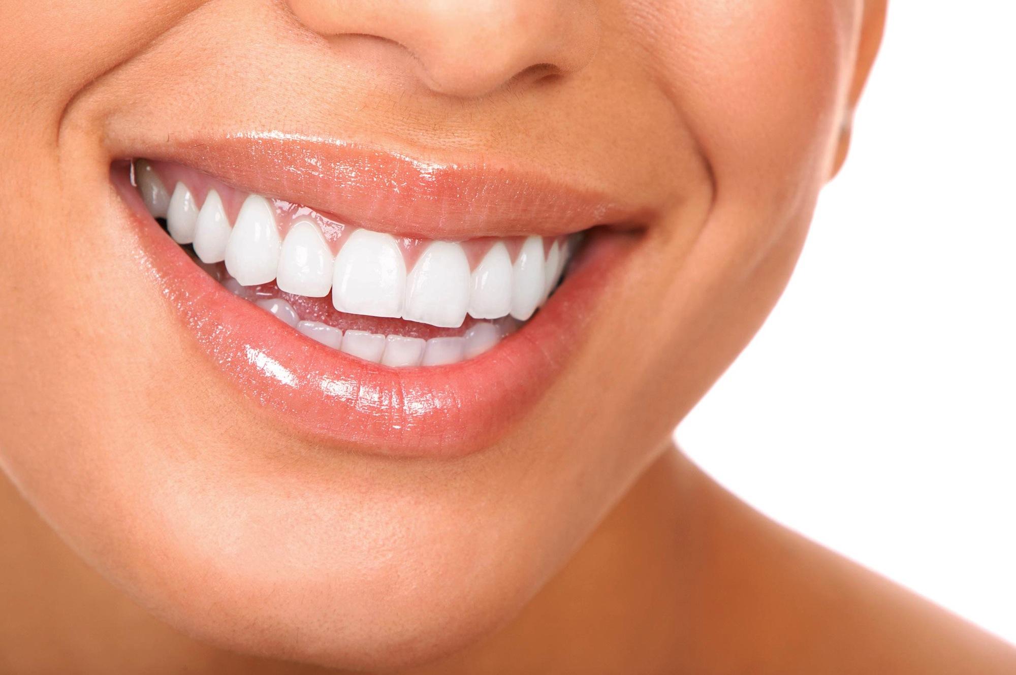 Un effet gloss sur les lèvres grâce à un nouvel acide hyaluronique, Volbella